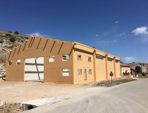 Montaje de cerramiento y estructura en Castillejo de Robledo, Soria