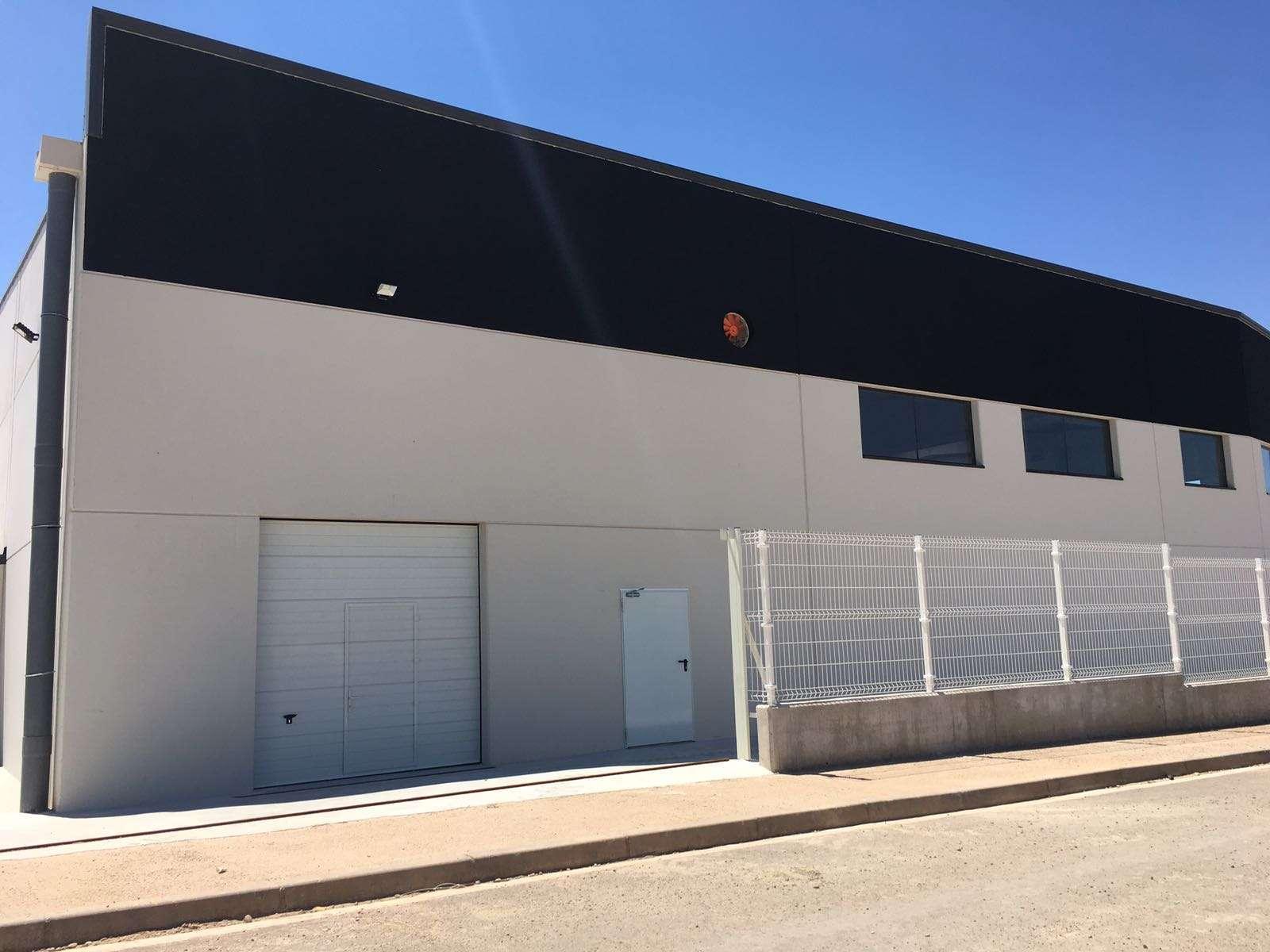 Nave Industrial en Villamediana, La Rioja